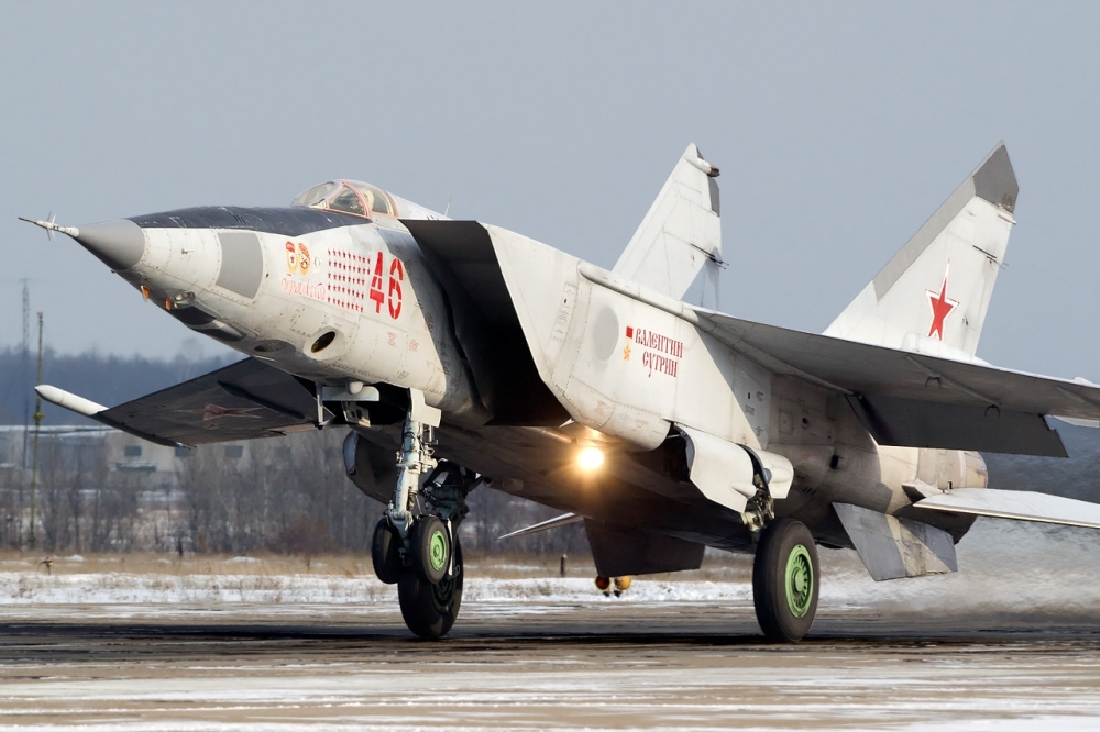 new russian military aircraft with Mig 25 Abu Foxbat on Mig 25 Abu Foxbat additionally Pic Detail as well Pic Detail furthermore Pak Ta besides The Importance Of The E 8 Jstars And Its Possible Successor.
