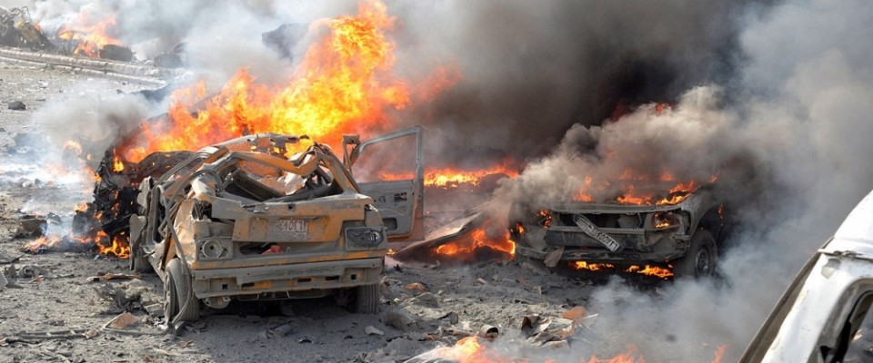Syria_burning_car