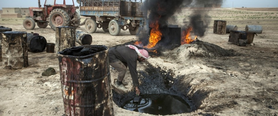 ISIS_OIL_wELL