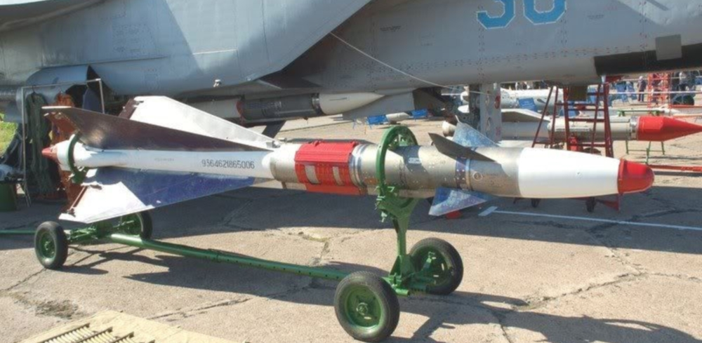 iranian drone with R 40 Aa 6 Acrid on Bard  iran besides Russia Threatens Us Forces Calls America An Obstacle To Defeating Isis In Syria additionally Shahed 129 Uas besides New Photos And Video Of Irans Homemade F 313 Qaher Stealth Jet Have Just Emerged And Heres A First Analysis also 122mm Bm 21.