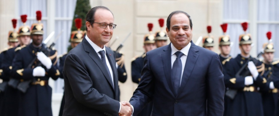 HOLLANDE_SISI